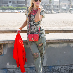 camouflage and red,givenchy obsedia,zara jacket,boyfriend jeans