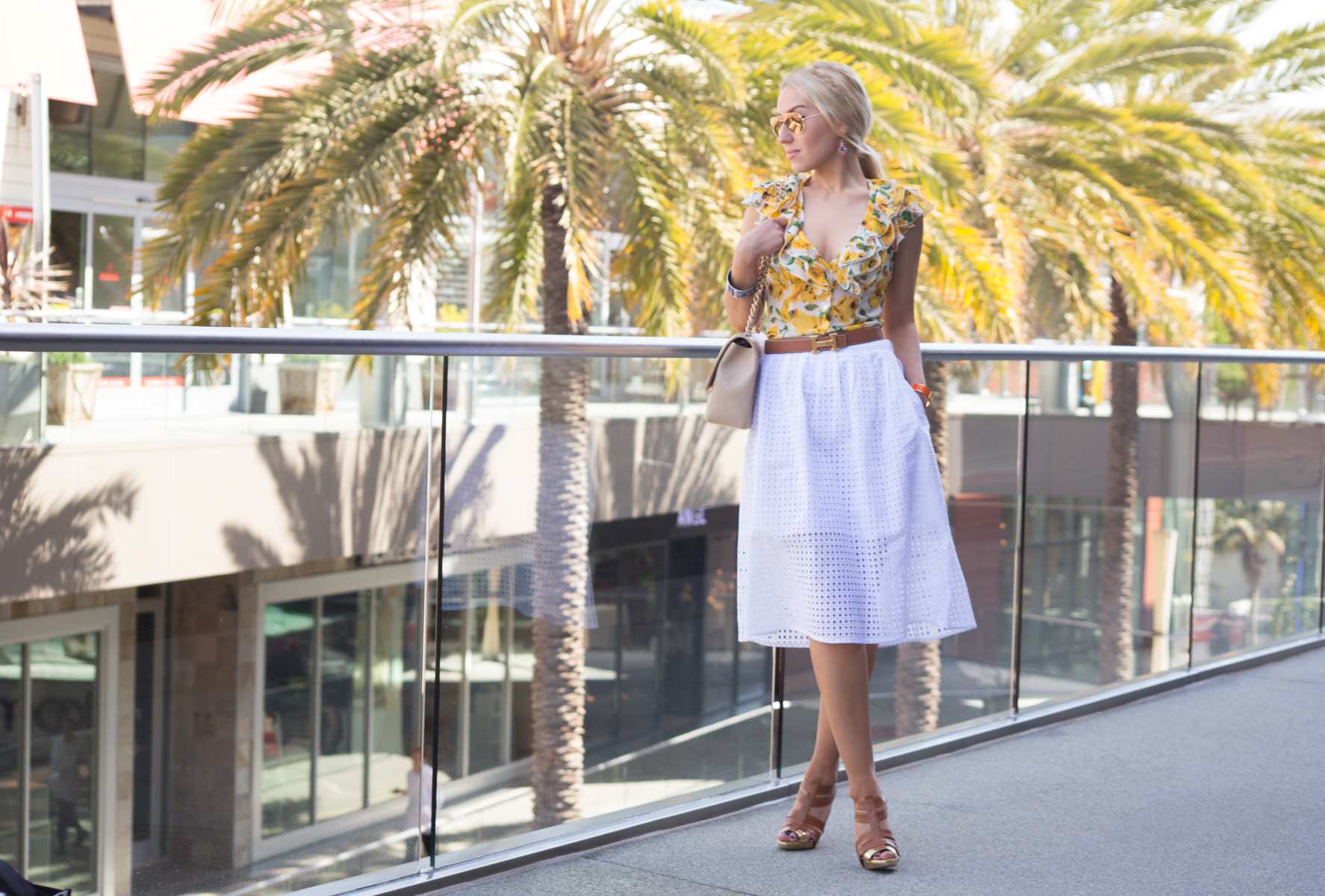 midi skirt,eyelet skirt,white skirt,floral blouse,gold heels,tan sandals