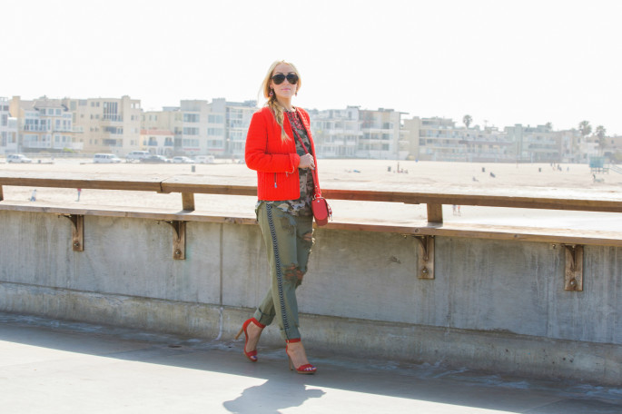 red quilted jacket,one teaspoon jeans,camo top