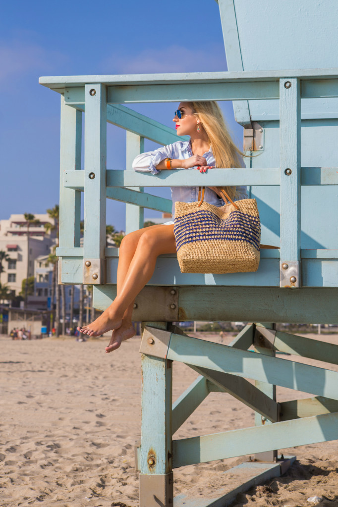 beach outfit,malibu,santa monica,beach photoshoot,LA style blogger,off-duty,lifeguards