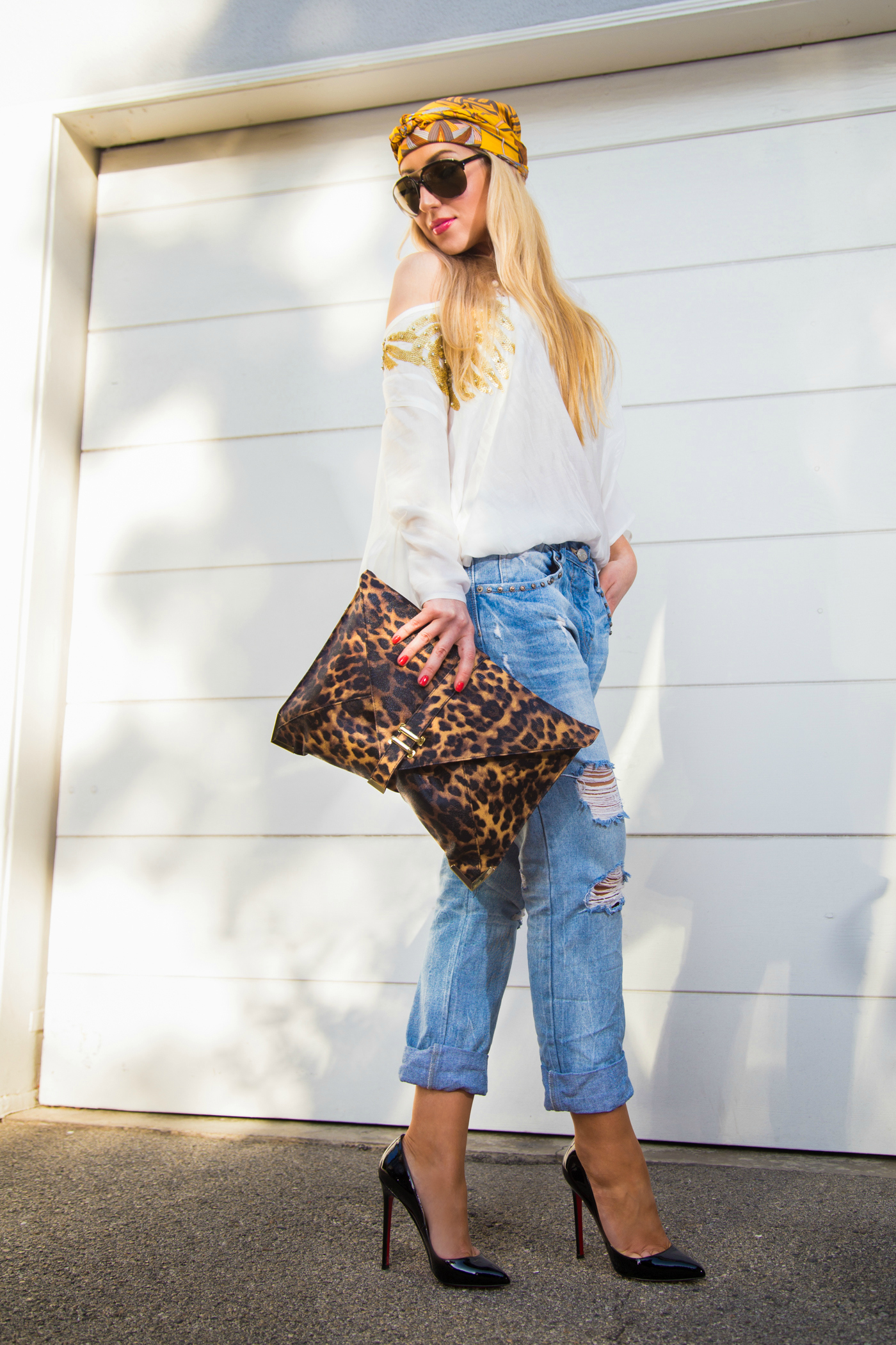 christian louboutin pigalle, ripped boyfriend jeans,zara jeans, leopard and jeans,leopard print bag,animal print bag