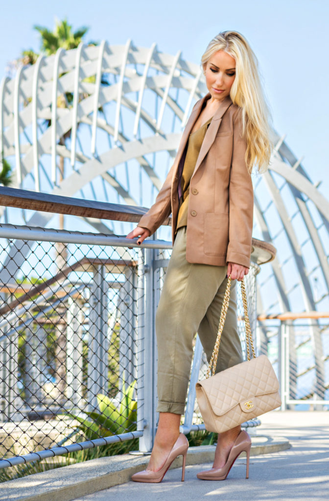beige outfit,caramel hues outfit,fall 2014 outfit ideas,neutral colored outfit,H&M blazer,earthy toned outfit,caramel hues,chanel jumbo,beige chanel outfit,dior earrings,zara pants 2014