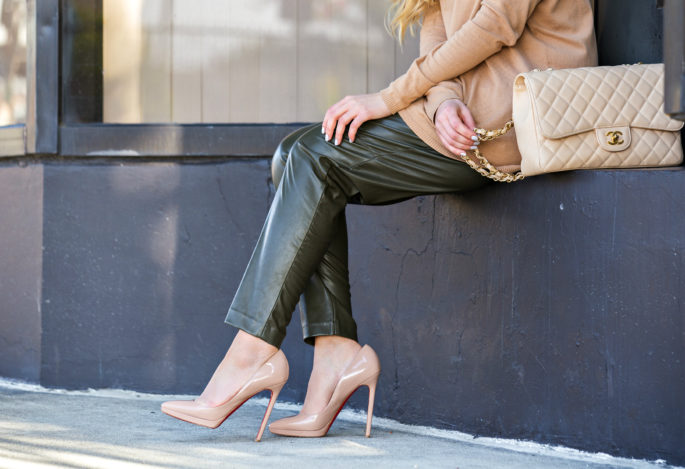 Beige and Green Outfit,Pigalle beige,H&M faux leather pants,Zara Sweater,H&M Pants,Christian Louboutin Pigalle Plato Beige,nude pumps,chanel and louboutin outfit