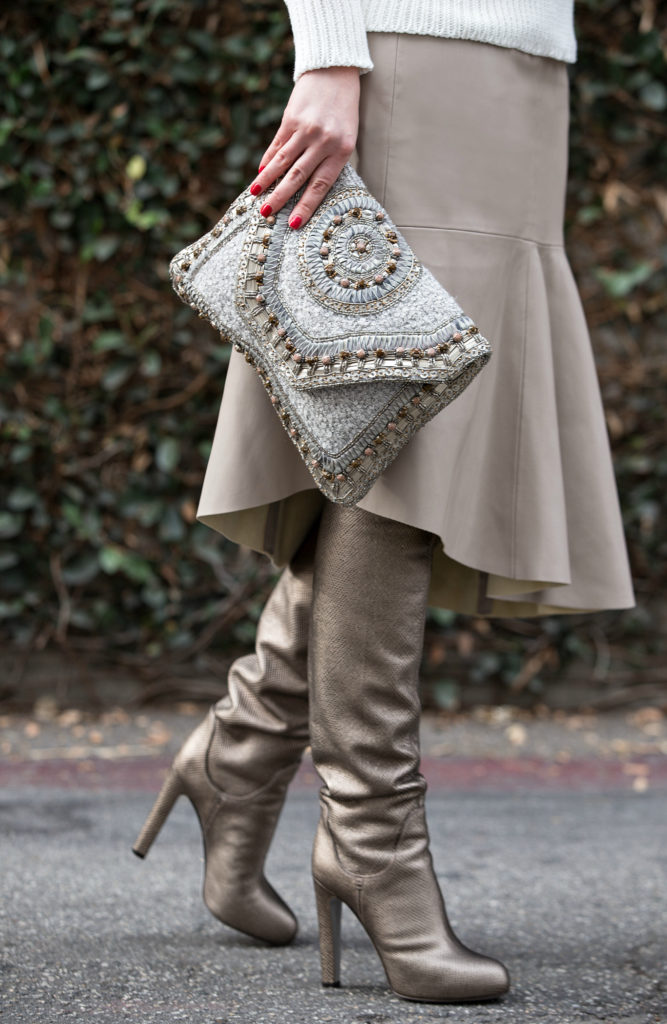 Beige and Gold Outfit,Leather Skirt,Turtleneck Sweater and Aviator Sunglasses,Beige Leather Skirt,Sergio Rossi Boots,White Turtleneck Sweater,Winter White,White Sweater,Gold Boots, Golden Boots,Ray Ban Mirror Sunglasses, Antik Batik Clutch