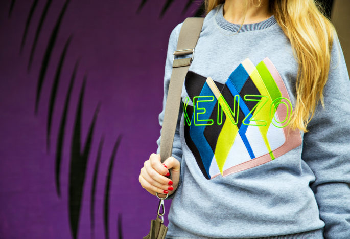 LA Street Art,Iro Kansas Booties,Kenzo streetstyle,LA Grafitti,Kenzo Style,Kenzo Style,Kenzo Twin peaks,Kenzo fashion,How to style a sweatshirt,Evelyne Bag,kenzo sweatshirt,I am watching you,Private Eyes