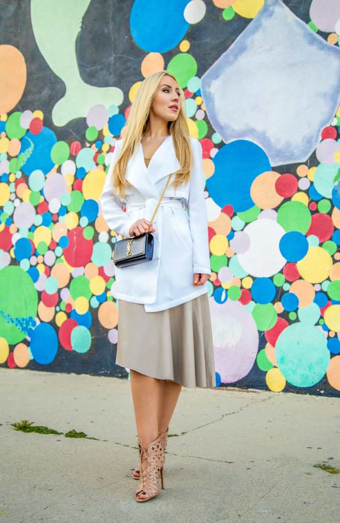 Duster Coat,alaia boots,alaia booties,Alaia Sandals,How to wear duster coat,Saint laurent chain bag,neutral outfit,White trench jacket,Alaia Studded sandals,YSL bag,alaia shoes,zara skirt, beige leather skirt,confetti graffiti