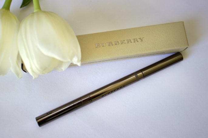 Let's Browse Eyebrows,Burberry 'Effortless' Brow Definer,burberry brow,burberry brow pencil
