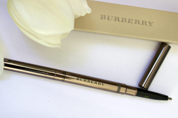 Burberry 'Effortless' Brow Definer,burberry brow,burberry brow pencil