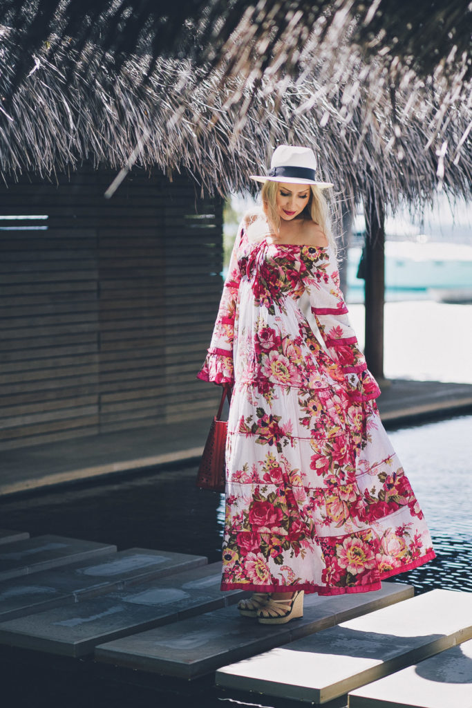 Maldives, Maldives Photoshoot, Maldives Fashion Shoot,floral maxi,alaia bag,alaia vienna bag, bottega veneta sandals,panama hat,what to wear on vacation,vacation style,summer 2015