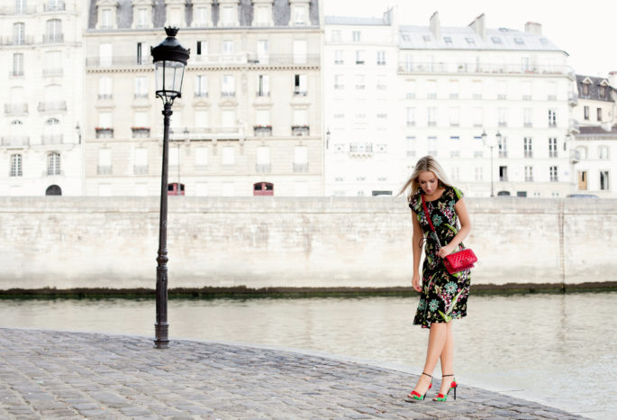Prada floral dress,Chanel Boy,Paris summer,Prada dress,Prada and Chanel outfit,Summer in Paris,Chanel patent boy,Chanel boy outfit,Parisian summer photoshoot,Paris photoshoot,Summer photoshoot in paris,Parisian summer,Prada outfit,Prada summer dress,Charlotte olympia shoes,parks in Paris,Parisian Musings