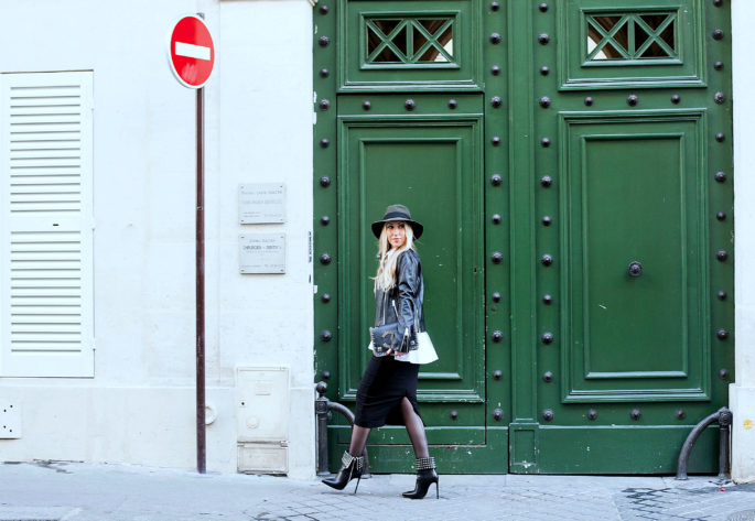 LA Vie du PapilloSaint Laurent Boots,Parisian doors,Saint laurent booties,Maison michel felt hat,Maje leather jacket,Maje leather jacket outfit,Maison Michel,Colorful doors in Paris,Maison Michel Henrietta hat,maje Leather jacket and zara pencil skirt,Maison michel hat outfit,peplum shirt,chanel salzburg